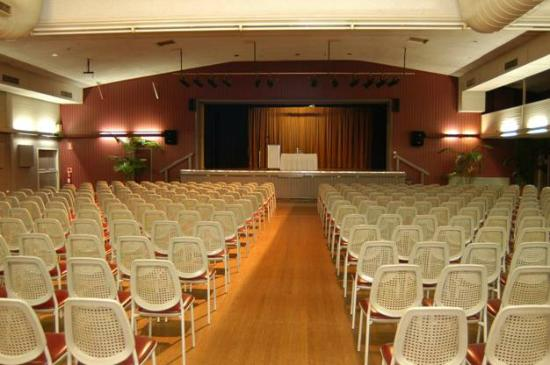 Cardiff, Australia: Hunter Auditorium