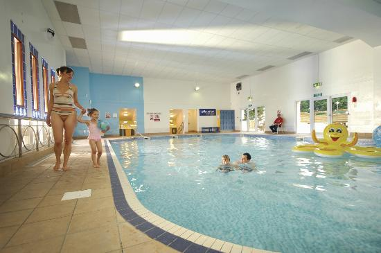 Indoor swimming pool at parkdean pendine sands holiday - Hotel in torquay with indoor swimming pool ...
