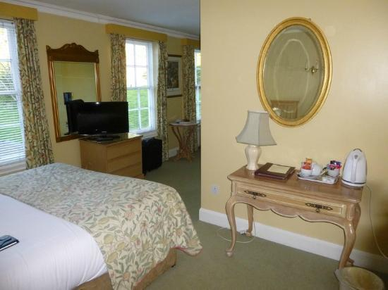 PowderMills Country House Hotel: Room 16