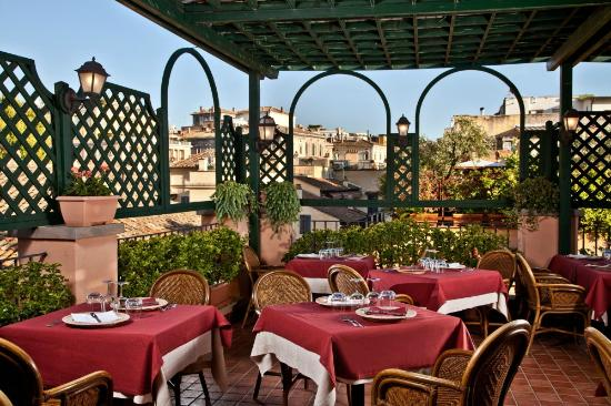 Albergo Ottocento: Roof Garden