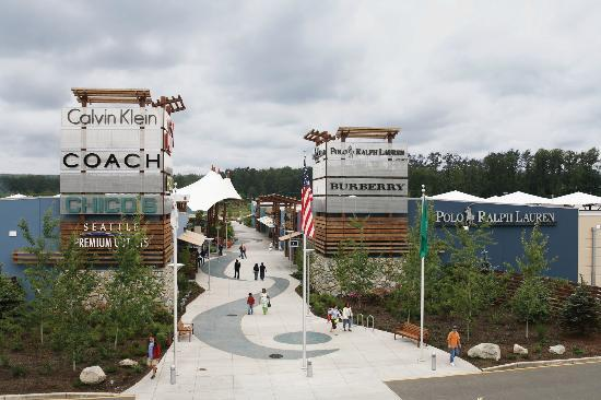 Seattle Designer Clothing Outlet Seattle Premium Outlets