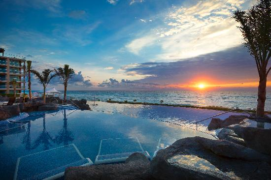 ‪‪Hard Rock Hotel Cancun‬: Sunrise at Hard Rock Hotel Cancun‬