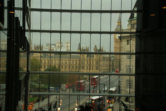 Park Plaza Westminster Bridge London: View from the lift area