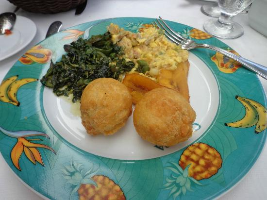 Coyaba Beach Resort: Jamaican Breakfast
