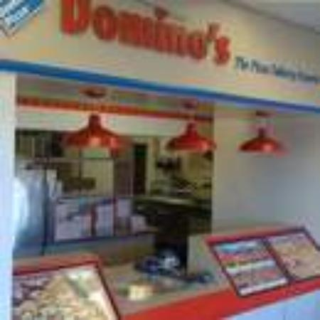 Domino 39 s pizza red deer rating 4 5 5018 45 st 103 for Dominos pizza salon