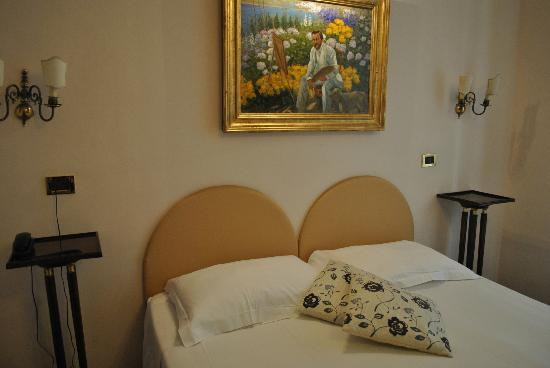 Hotel Sant Angelo: the room