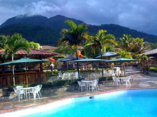 Jarabacoa River Club & Resort