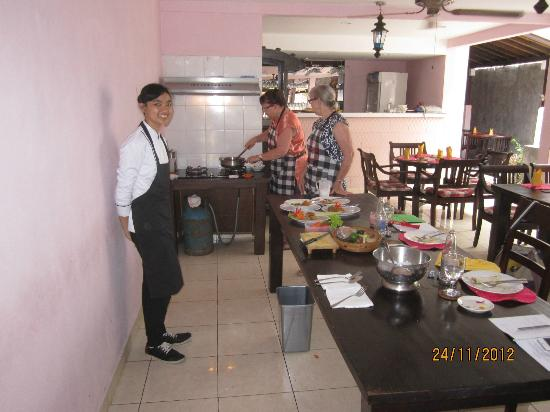 Sama's Cottages and Villas: Bumbu Bali Cooking Class