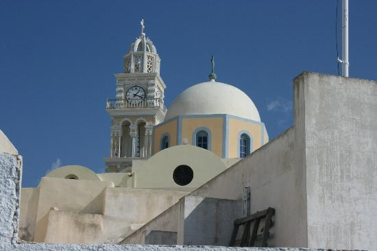 Kima Villa: Church in Oia
