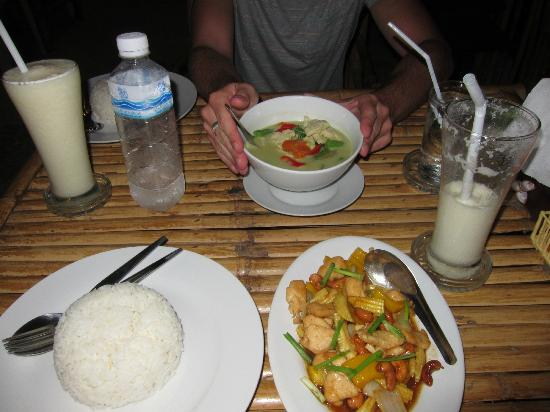 "Lanta Just Come: Meal just up the road at ""Thung Ngern Restaurant"""