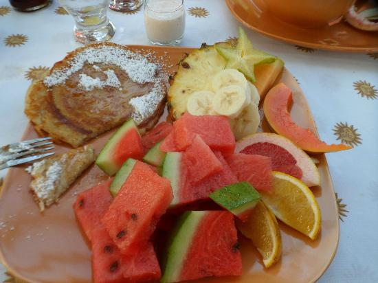 All Seasons Guest House: Breakfast