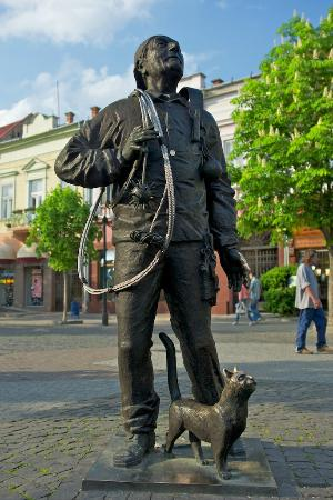 Photos of Chimney Sweep Monument, Mukacheve