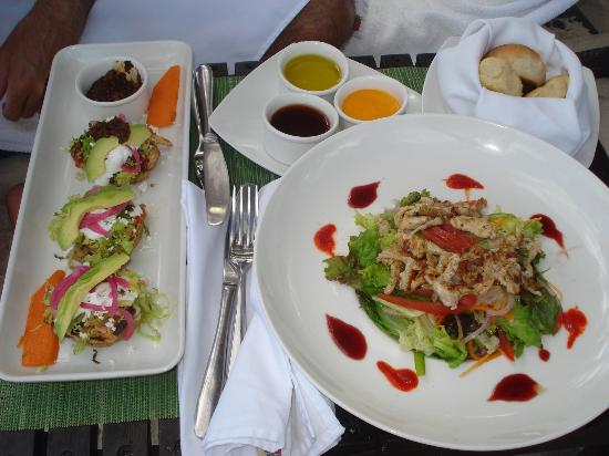 Le Reve Hotel &amp; Spa: chicken salad delivered on the beach
