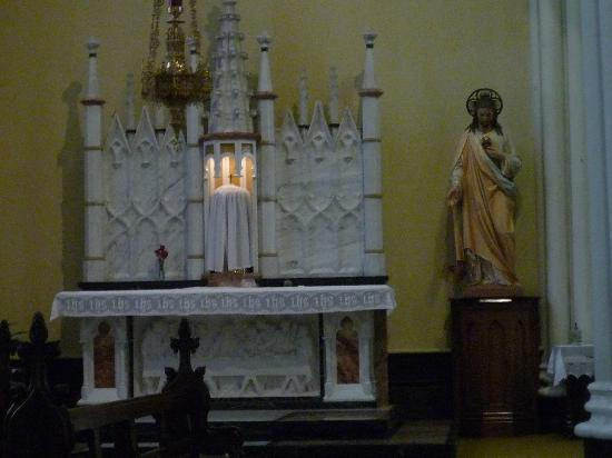 Cathedral of Saint Mary: Interior 1