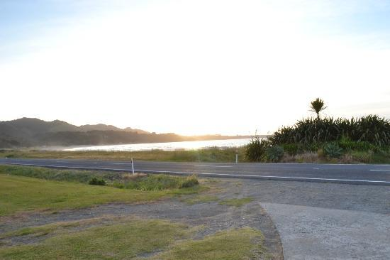 Waihau Bay, Yeni Zelanda: View from the apartment...