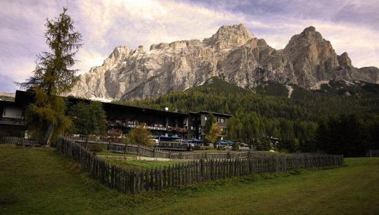 Photo of Armentarola Hotel San Cassiano