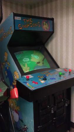 Comfort Inn Birch Run: Simpsons Arcade