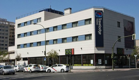 Travelodge Torrelaguna Madrid: Fachada
