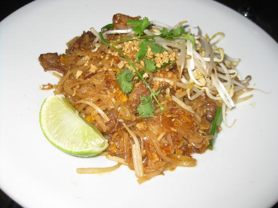 Bay Harbor Islands, FL: Padi Thai Beef