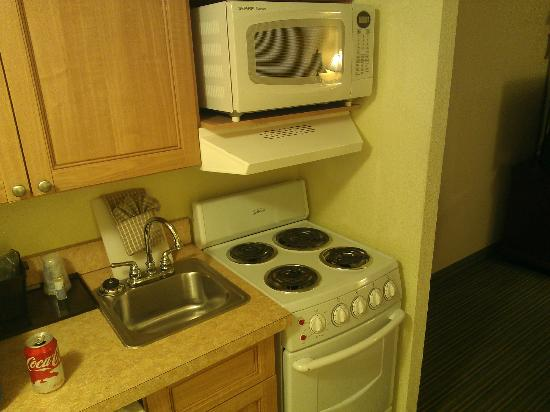 The Breakers Resort: Fridge Small Stove Microwave