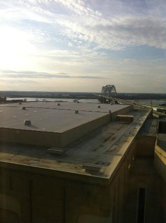 Memphis Marriott Downtown: View from room
