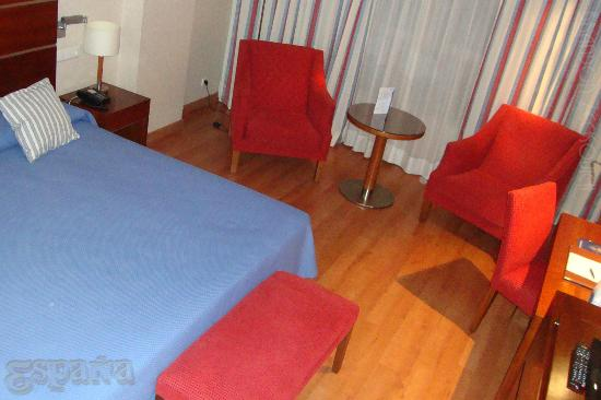 Monte Malaga Hotel: Affordable, comfortable room