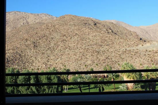 Hyatt Palm Springs: View of mountain from private balcony