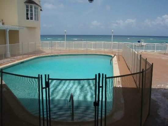 Beaches Ocho Rios Resort & Golf Club: Pool unavailable