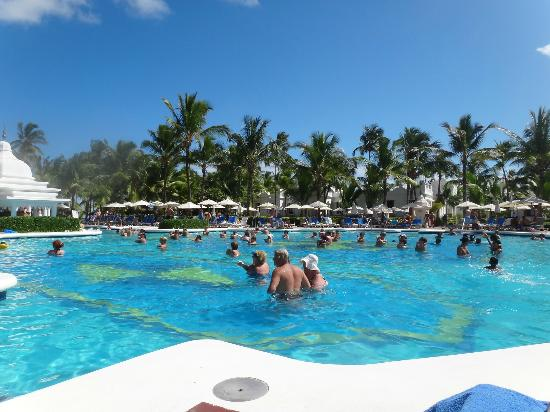 Riu Palace Punta Cana: pool view
