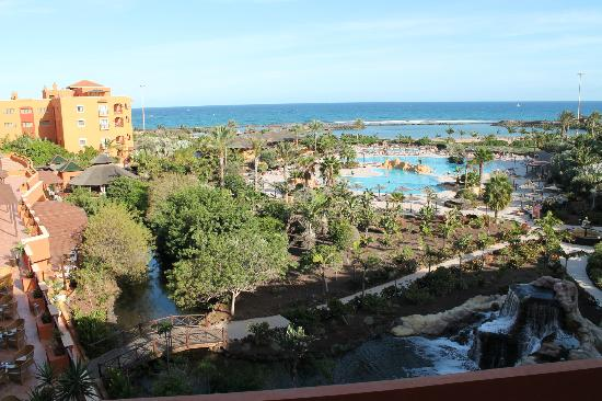 Sheraton Fuerteventura Beach, Golf & Spa Resort: glourious grounds