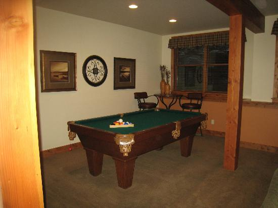 The Porches: Pool table in game room