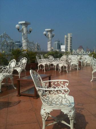 Hotel Godwin: Roof Terrace