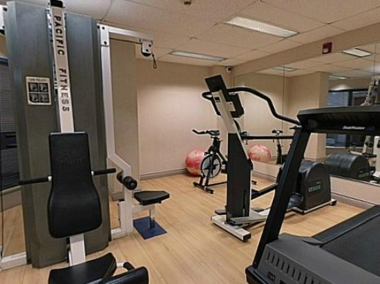 Residence &amp; Conference Centre - Kitchener Waterloo: Fitness Room