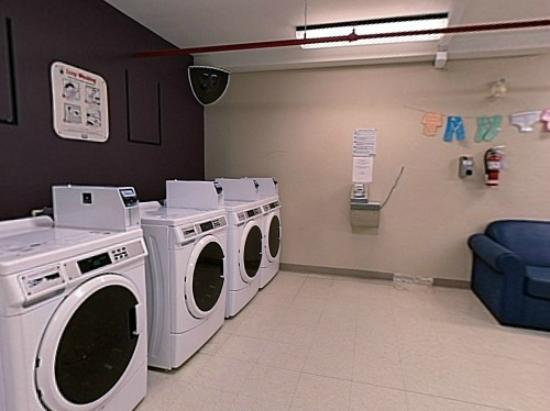 Residence &amp; Conference Centre - Kitchener Waterloo: Laundry Facilities