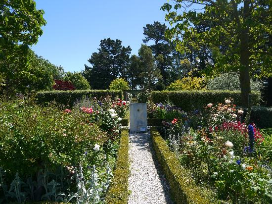 Amberley, New Zealand: Gorgeous gardens