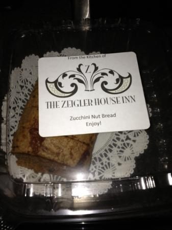 ‪‪Zeigler House Inn‬: delicious Zucchini Nut Bread