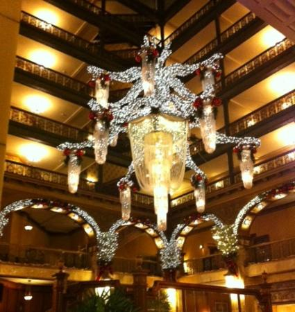 The Brown Palace Hotel and Spa, Autograph Collection: Chandelier in lobby decorated for the Holidays