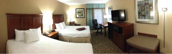 Hampton Inn Gainesville: 2 Queen beds after renovations