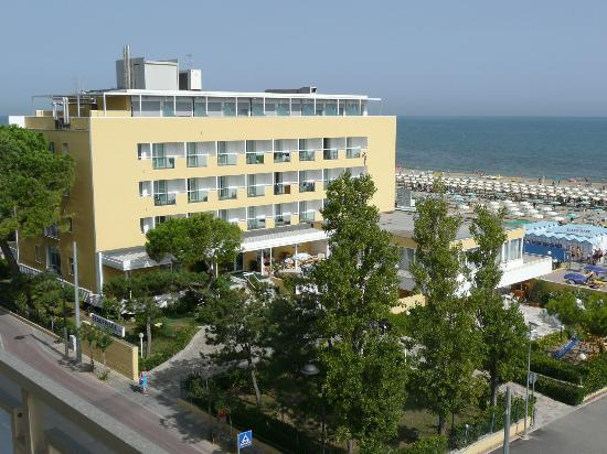 Photo of Hotel Beaurivage Riccione