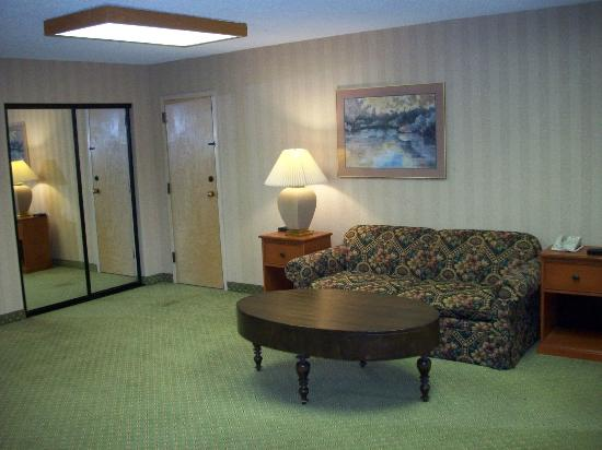 Bend Inn Suites: Hospitality Suite