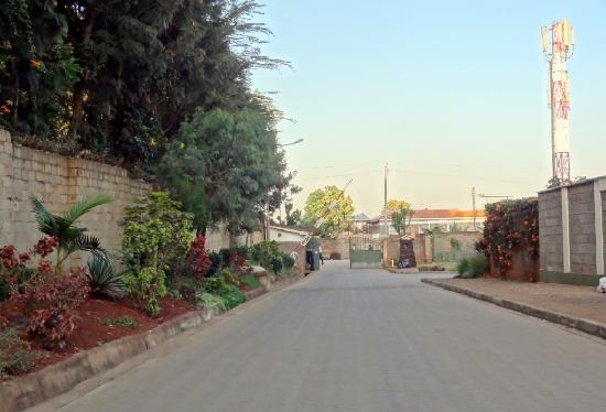 Mdawida Homestay: Main Entrance Gated community