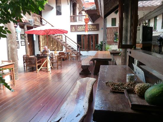 Jangmuang Boutique House: Breakfast area
