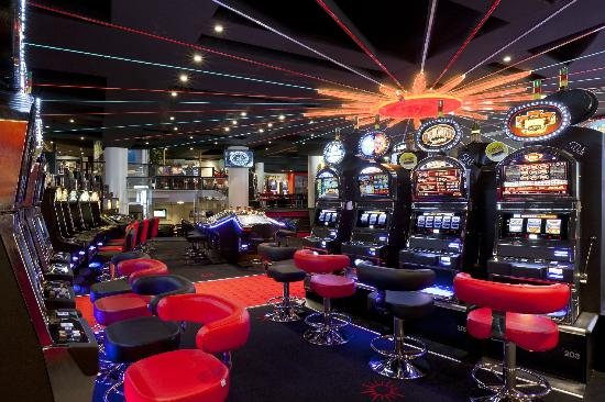 salle de machines 224 sous picture of casino barriere de
