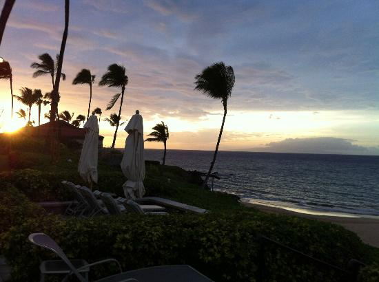 Four Seasons Resort Maui at Wailea: Sunset View