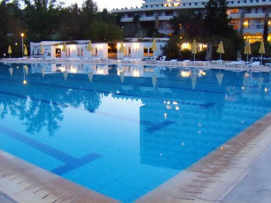 Athos Palace Hotel: Pool, Athos Palace, Sept 2012