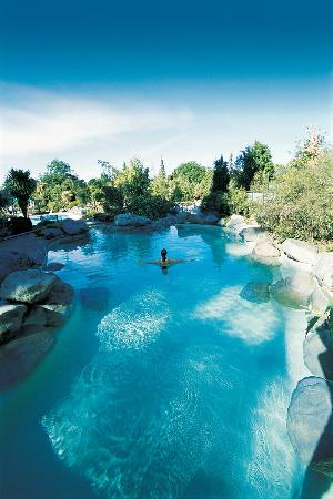 Hot Springs Motor Lodge: Hanmer Springs Hot Pools - 5 minute walk from Motel