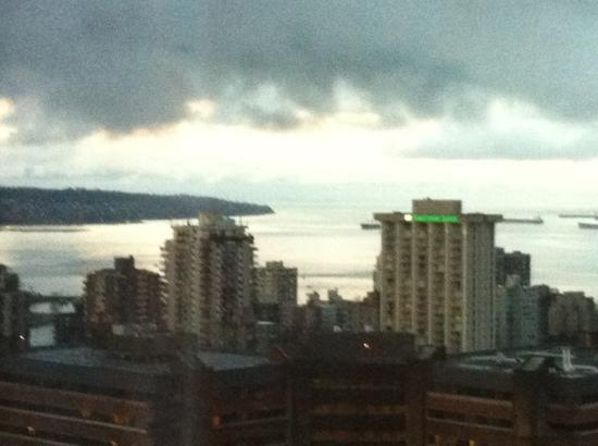 Club Intrawest - Vancouver: view from bedroom