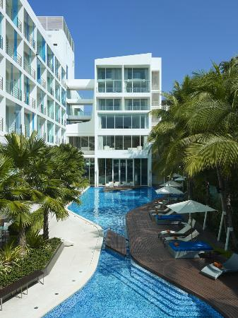Dusit D2 Baraquda Pattaya Hotel: hotel overall view