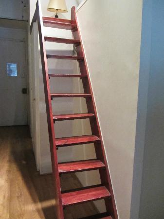 Special Apartments: Stair/ladder to bed loft