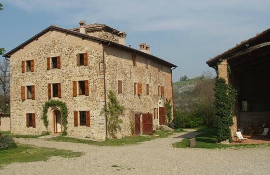 Photo of Agriturismo Ca' Bertu' Castello di Serravalle